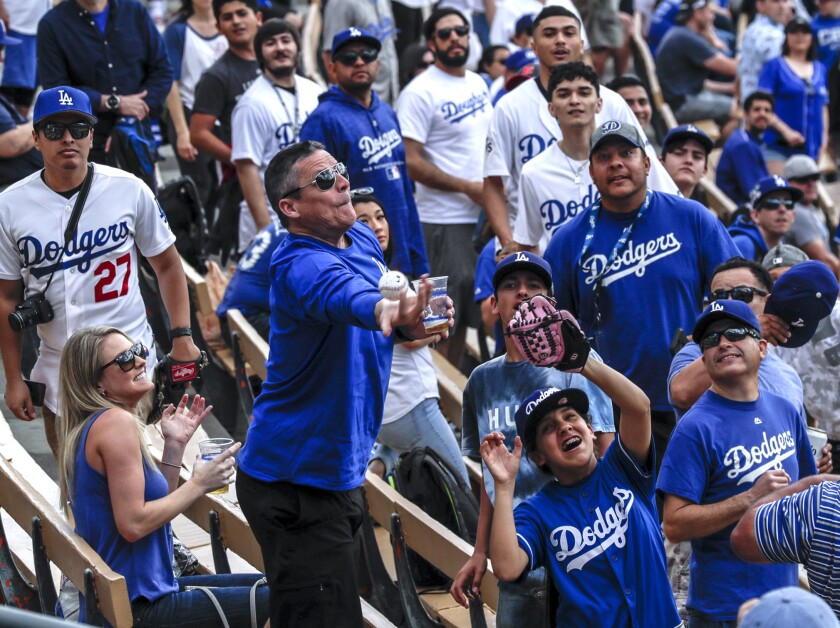 LOS ANGELES, CA, THURSDAY, MARCH 28, 2019 - A fan misses his chance to catch a batting practice home