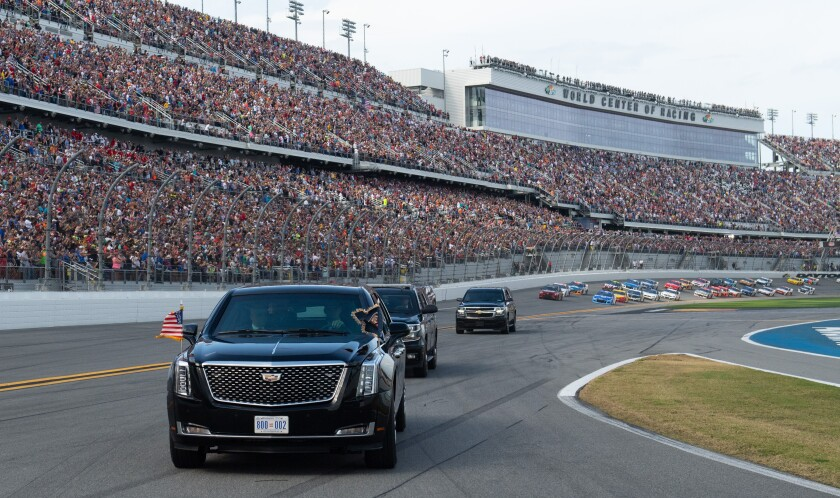 Trump's motorcade takes a parade lap before Daytona 500 start