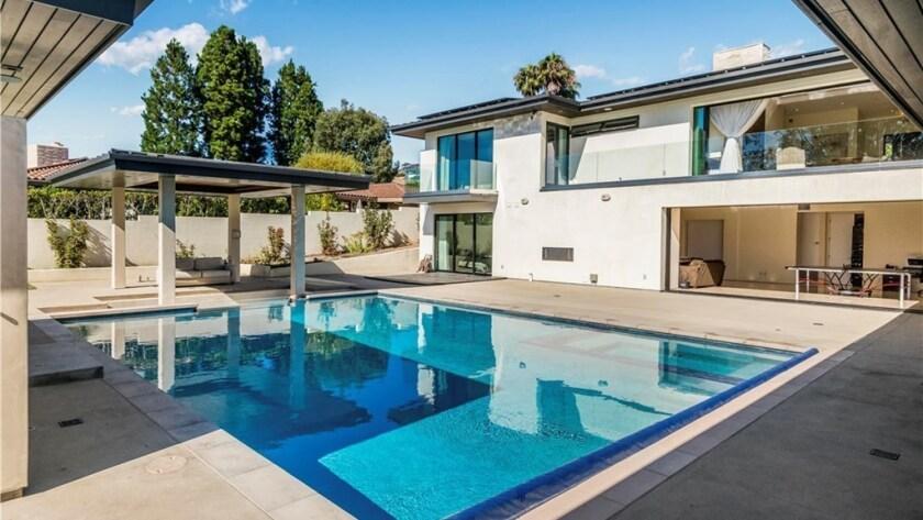 Anderson Silva | Hot Property