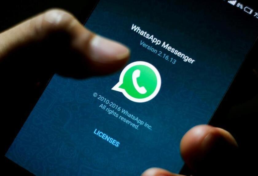 Vista del logotipo del popular servicio de mensajería instantánea en internet WhatsApp. EFE/Archivo
