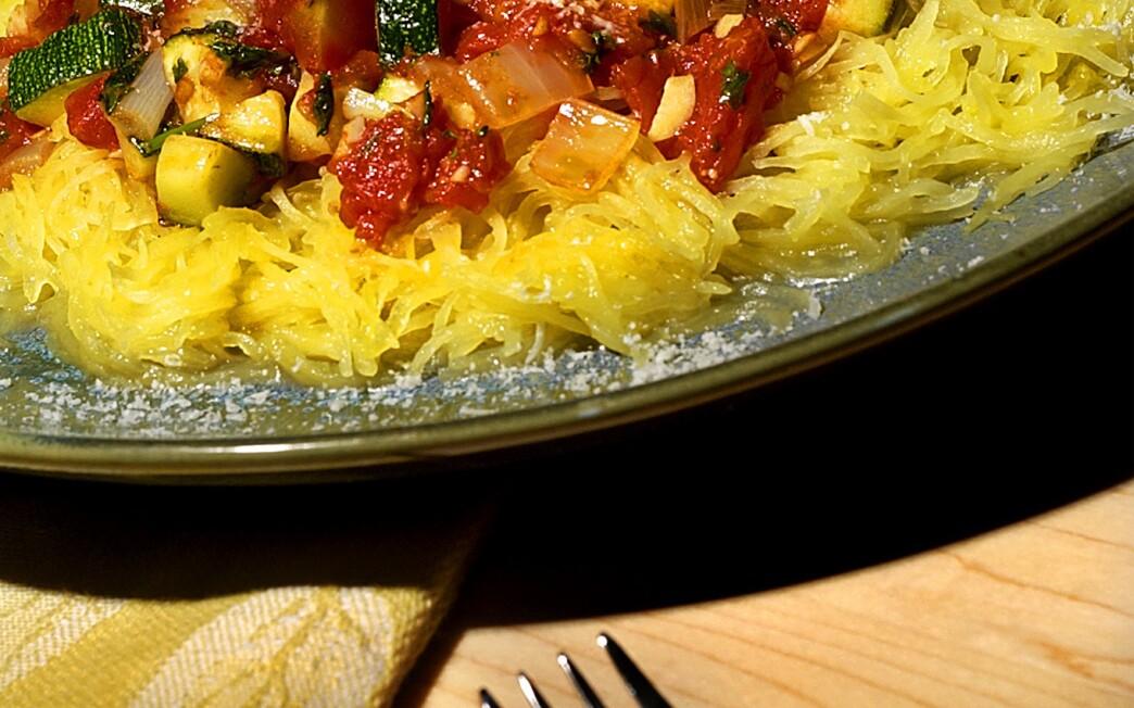 """Spaghetti squash """"pasta"""" with a zucchini, garlic and tomato sauce"""