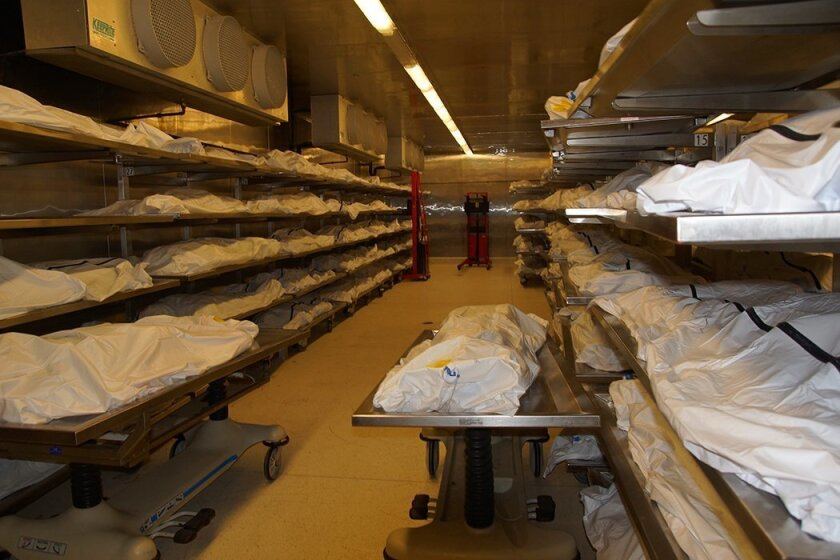 A refrigerated room with hundreds of bodies destined for mortuaries makes a vivid point when Medical Examiner's Chaplain Joe Davis tries to steer criminal offenders away from bad decisions and bad endings.