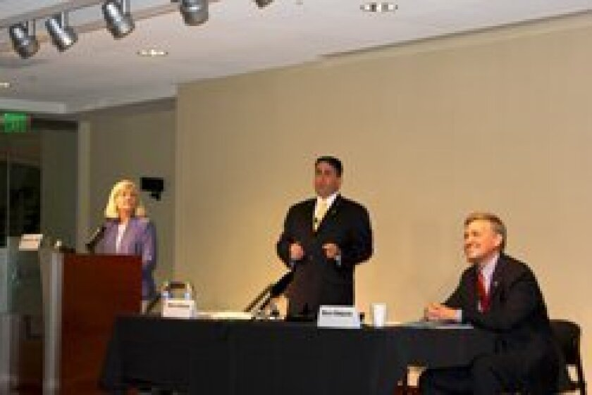 From left, moderator Alison St. Johns of KPBS, Steve Danon and Dave Roberts