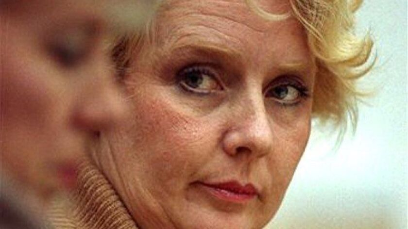 Betty Broderick looks across the courtroom