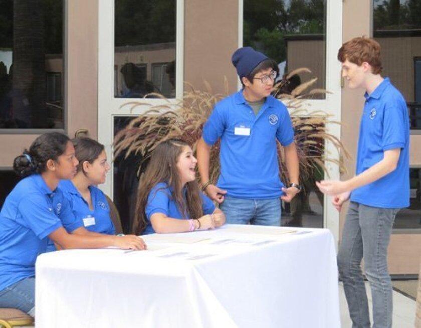 Grauer Student Ambassadors, Divya Sriharan, Marni Gruzd, Cameron Payne, Andrew Oh, and Skyler Pia at the 2013 New Family Orientation.