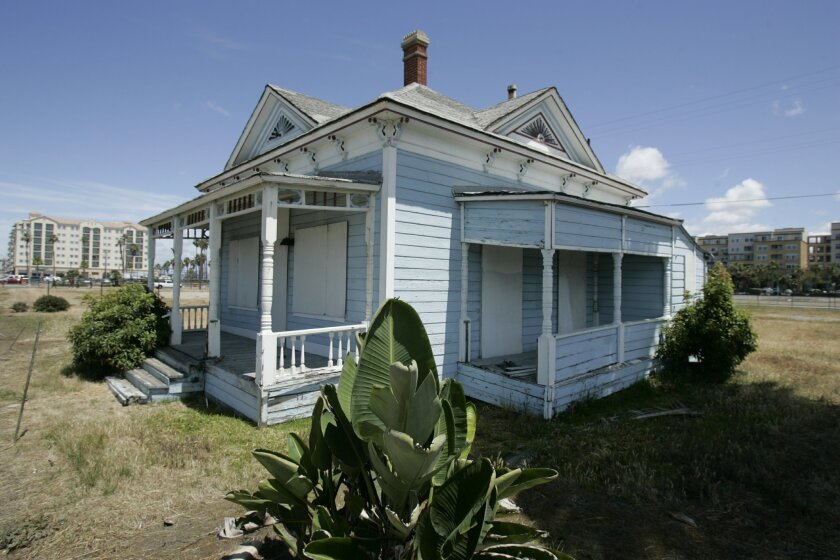 """The Top Gun House, at 102 Pacific St., built in circa 1887, became famous after the filming there of some of the 1986 movie """"Top Gun."""" K.C. Alfred U-T."""