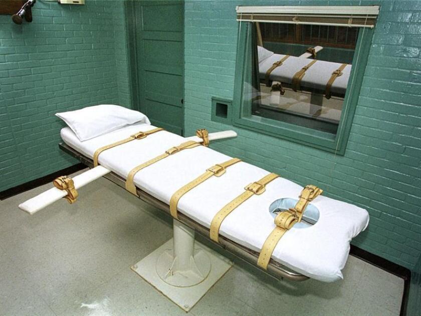 Fotografía que muestra la cámara de la muerte donde los presos fallecen por inyección letal, en la Unidad Paredes en Huntsville (Texas), EE.UU. EFE/Archivo