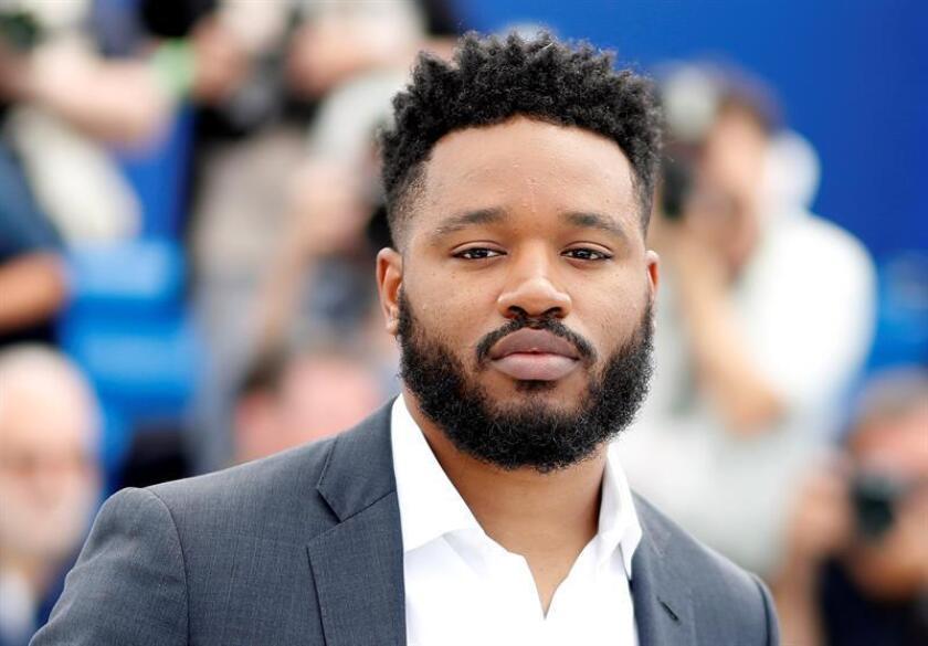 """El director de cine Ryan Coogler posa para los fotógrafos durante la presentación de su película """"Black Panther"""" en el ámbito del 71? Festival Internacional de Cine de Cannes (Francia). EFE/Archivo"""