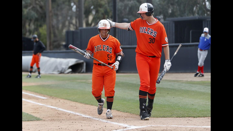 Photo Gallery: Huntington Beach vs. Los Alamitos in baseball