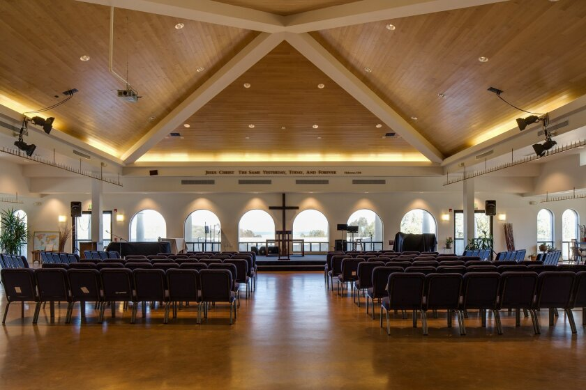The church's first services were held in 1961 at the Hotel Del Charro in La Jolla Shores. When hotel guests objected to the early Sunday morning hymn singing, the congregation moved to the Pacific Beach Women's Club across from Kate Sessions Park. In 1963, early members broke ground on the Mount So