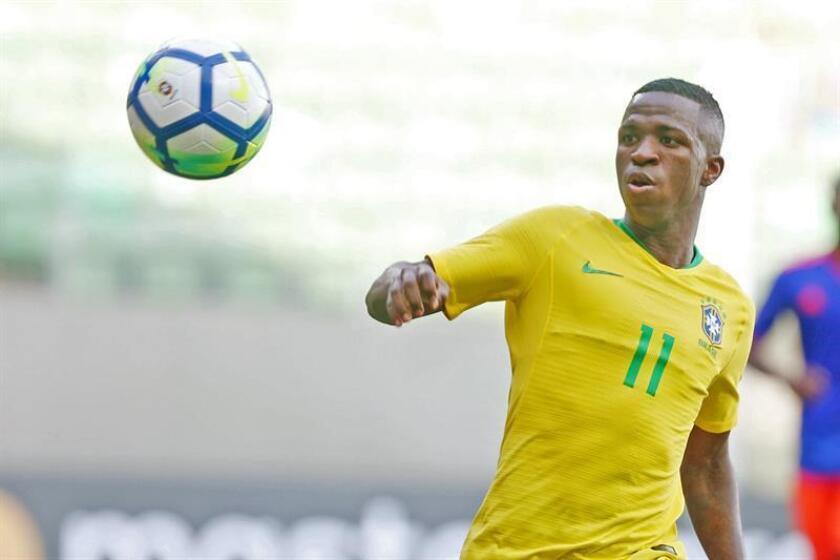 En la imagen, el jugador Vinicus Jr. de Brasil. EFE/Archivo