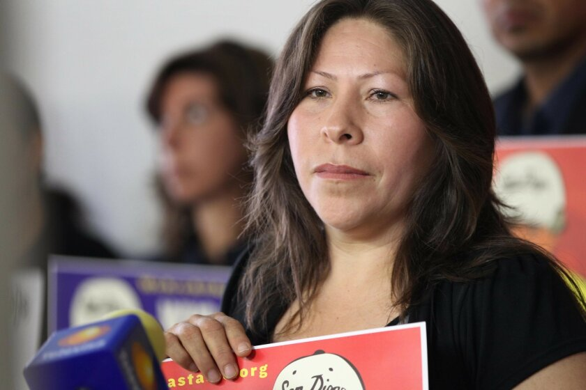 Maria Puga, the widow of Anastasio Hernandez Rojas, addressed the media in May 2010, calling for a U.S. investigation into the death of her husband.