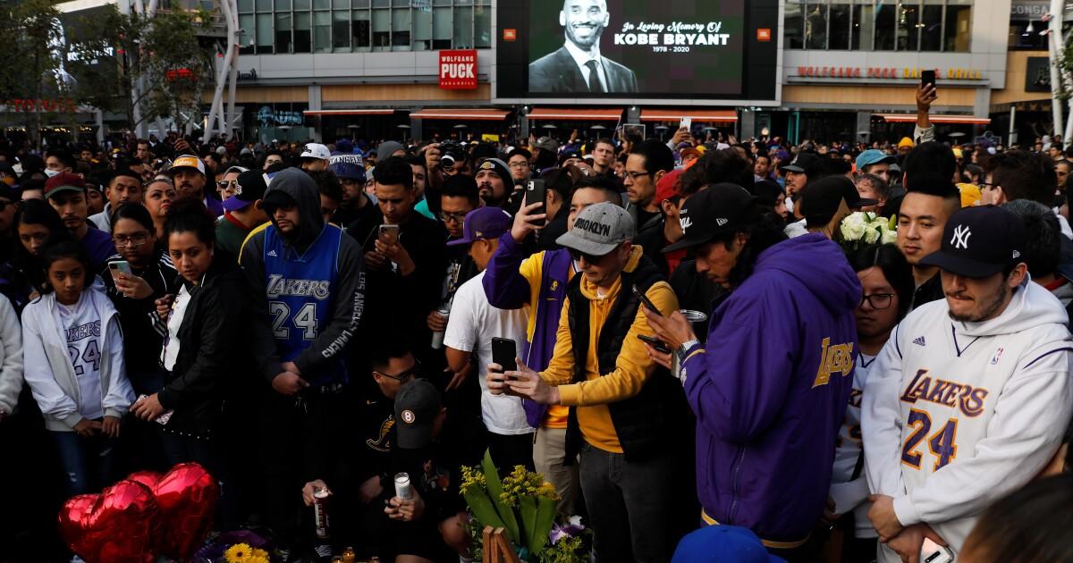 250,000 penggemar mengunjungi L. A. Live di hari-hari setelah Kobe Bryant kematian. Senin akan berbeda