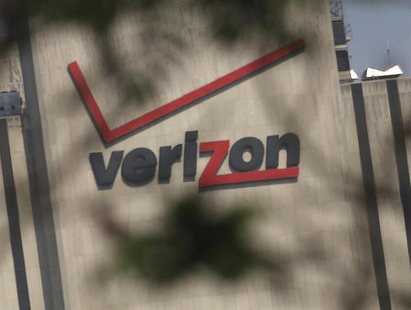 El grupo de telecomunicaciones Verizon, el mayor operador móvil de Estados Unidos, obtuvo este semestre 8.912 millones de dólares en beneficios (+11 %), favorecido por la expansión de su base de abonados. EFE/ARCHIVO