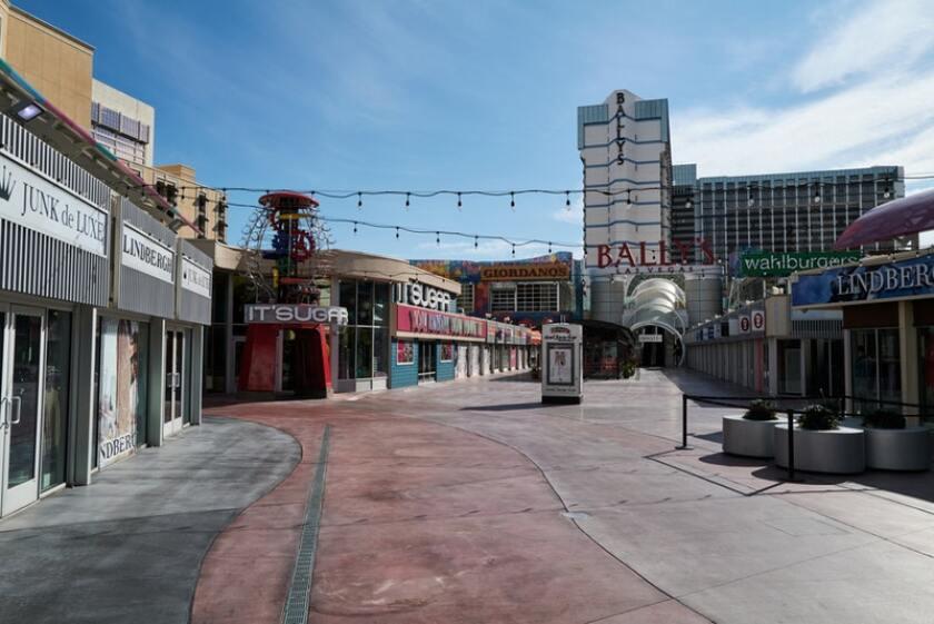 "Las Vegas Strip ""satisfecho ="" 840 ""pico ="" 561 ""/>   <div class="