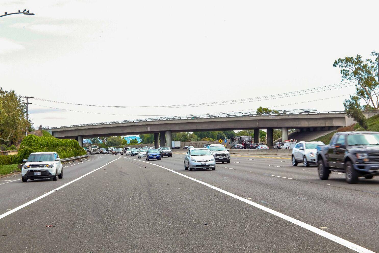 Talbert Avenue bridge over 405 Freeway to be demolished