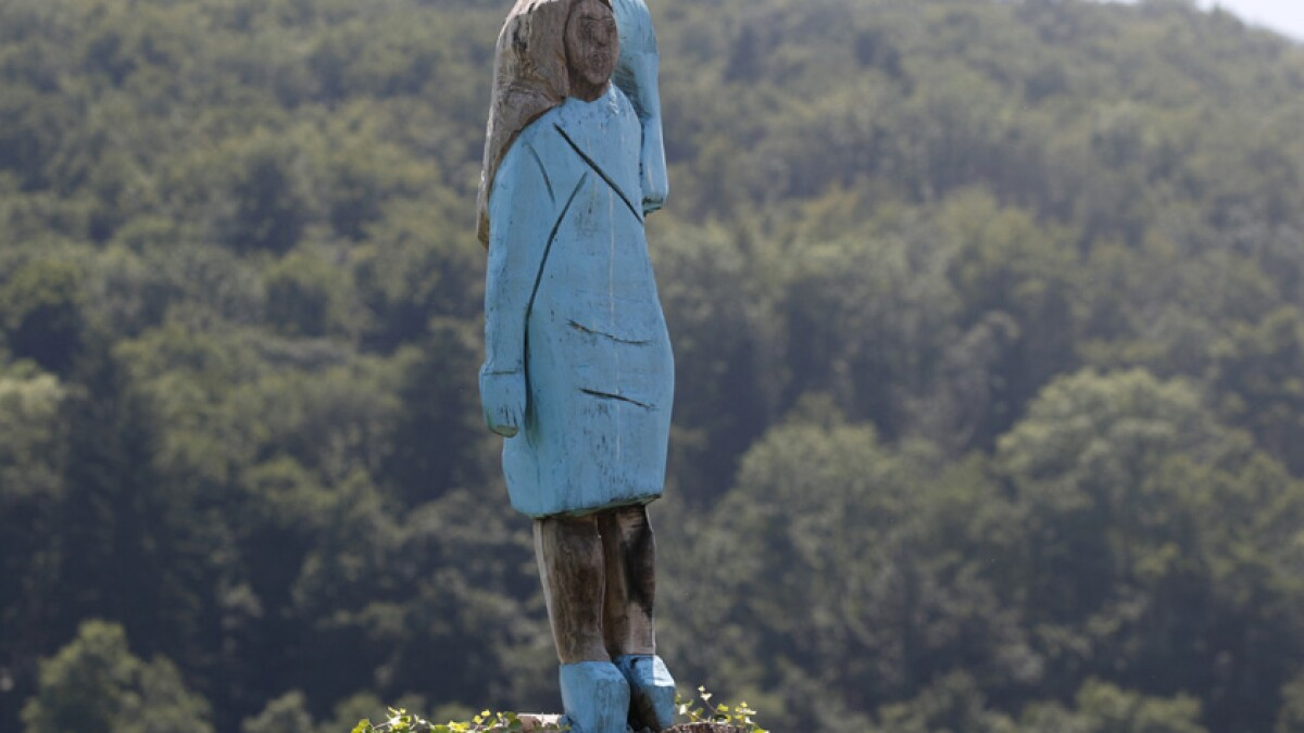 Melania Trump Statue Set On Fire In Slovenia Los Angeles Times