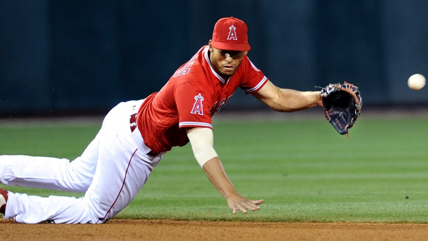 Angels shortstop Andrelton Simmons returns to the lineup after missing 22 games with an ankle injury.