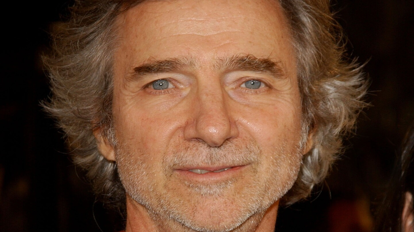 """Curtis Hanson, who directed films such as """"L.A. Confidential,"""" """"The River Wild"""" and """"8 Mile,"""" has died. He was 71."""