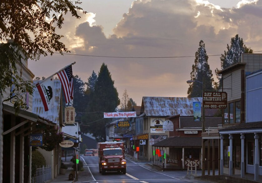 Firefighters gaining upper hand on Rim fire in Yosemite