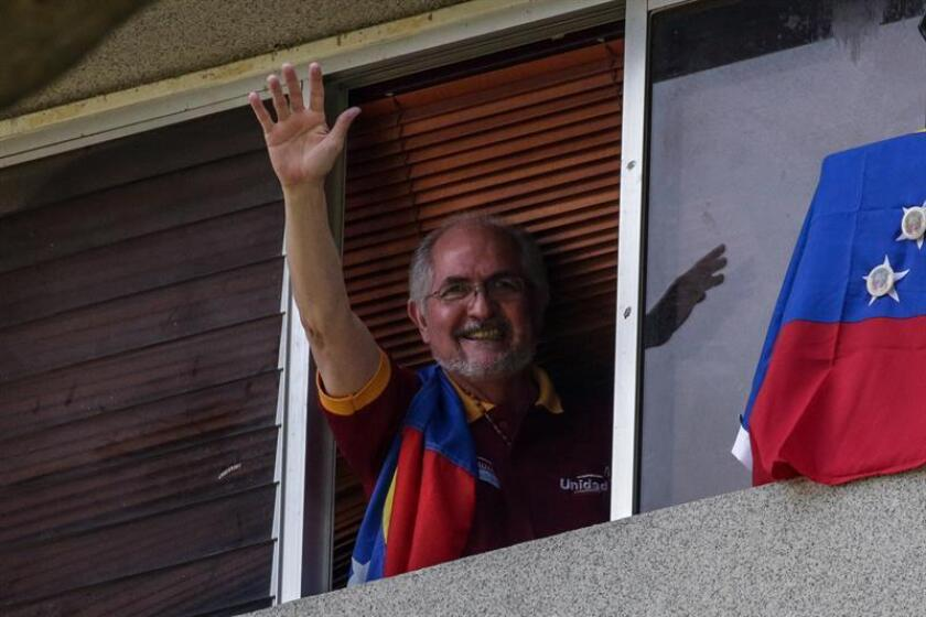Exilio venezolano pide a Ledezma que denuncie a exfuncionarios en España