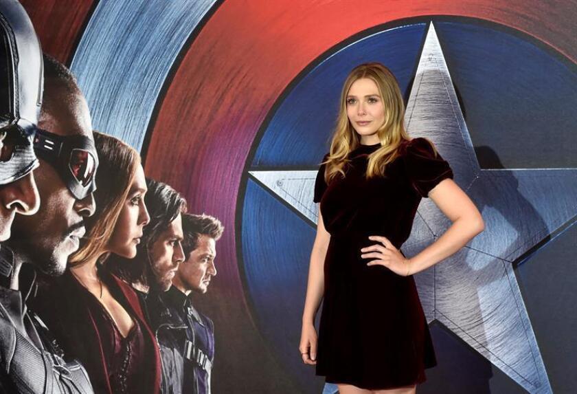 La actriz estadounidense Elizabeth Olsen posa durante la presentación de 'Capitán América: Civil War' en Londres, Reino Unido el 25 de abril de 2016. EFE/Archivo
