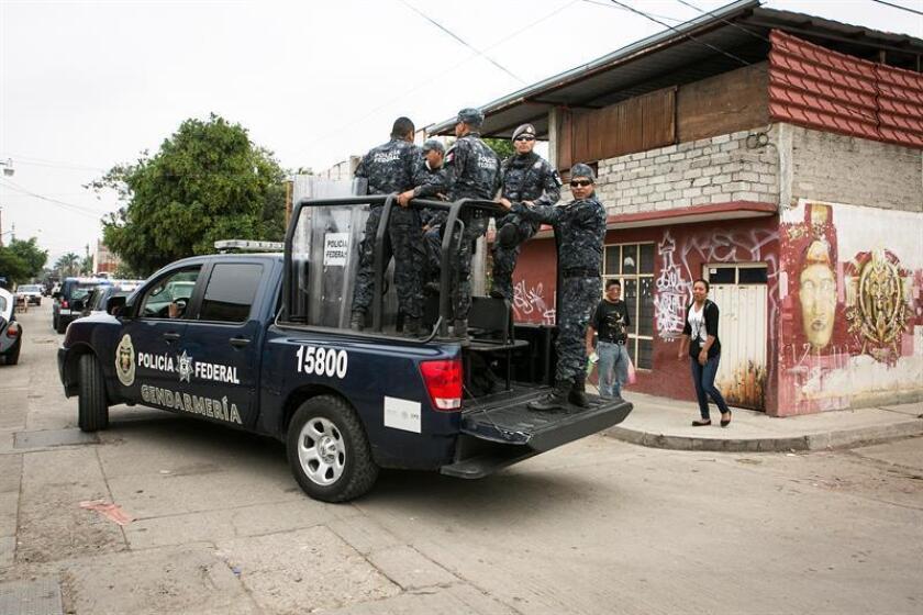Policía Federal custodia las calles en Oaxaca (México). EE/Archivo