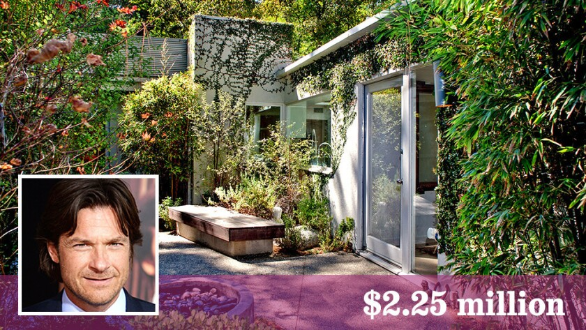 Actor Jason Bateman has listed a home in Hollywood Hills West at $2.25 million.