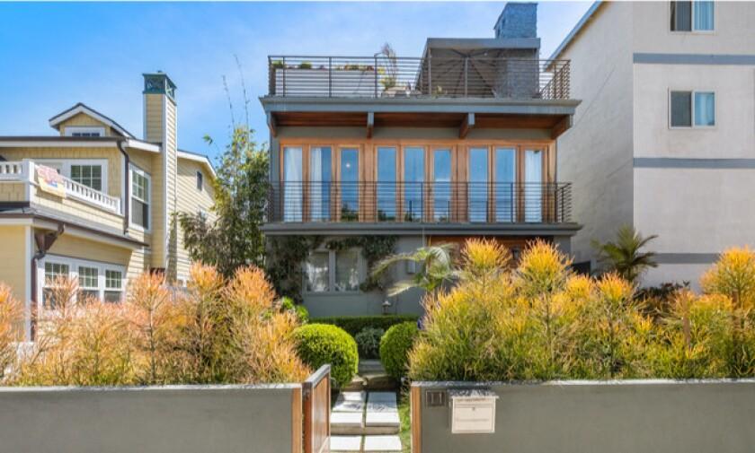 Aber Whitcomb's Marina Del Rey home | Hot Property