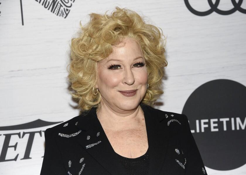 Bette Midler asiste a la gala Variety's Power of Women: New York en Nueva York.