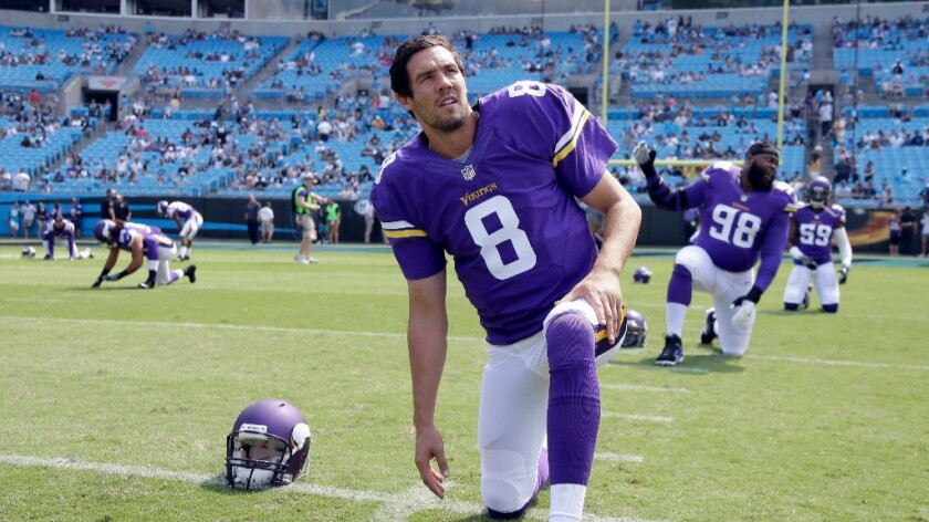 NFC notes: Sam Bradford returns Philadelphia as quarterback of the undefeated the Vikings