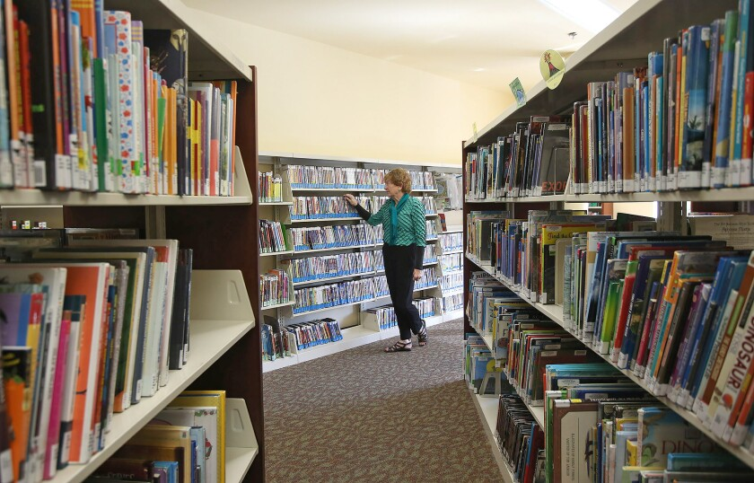 tn-wknd-et-library-3.JPG