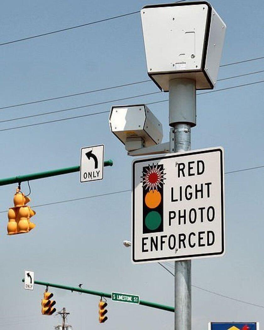 Mayor Filner has suspended red Light photo enforcement in San Diego.