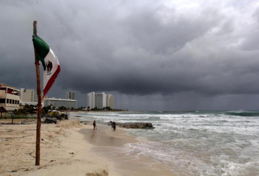 """Pronóstico reafirma actividad """"casi promedio"""" de temporada en el Atlántico"""