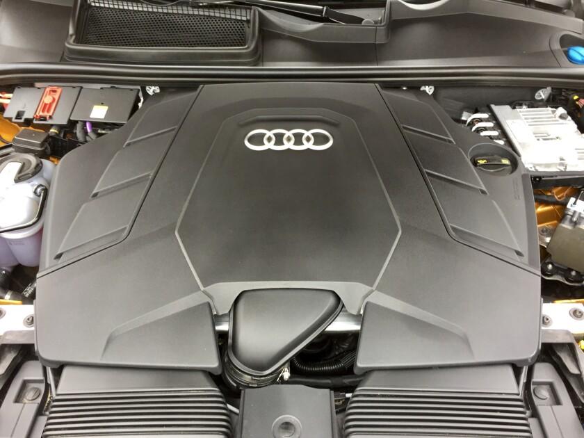 -AudiQ8-Engine.jpg