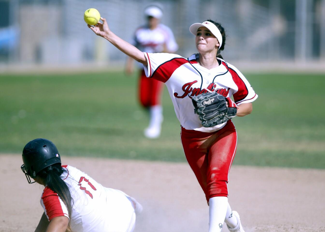 Photo Gallery: Glendale High School softball vs. Burroughs High School