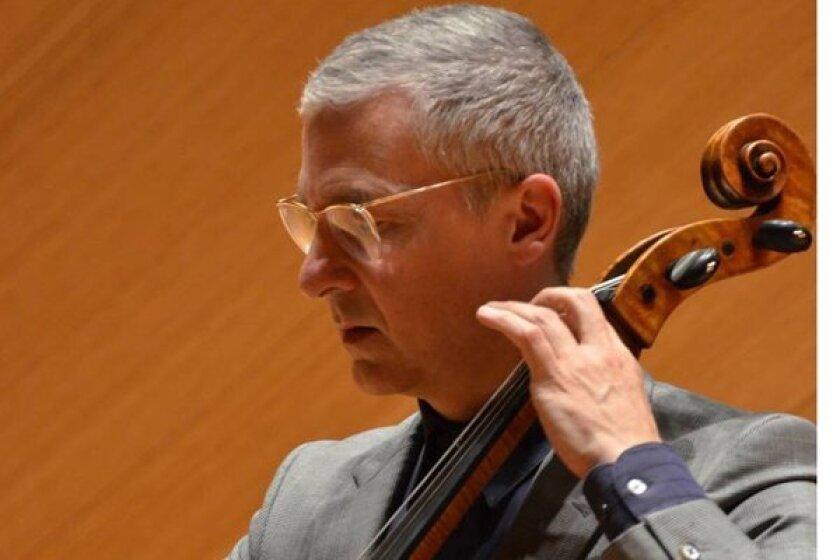 UC San Diego cellist Charles Curtis