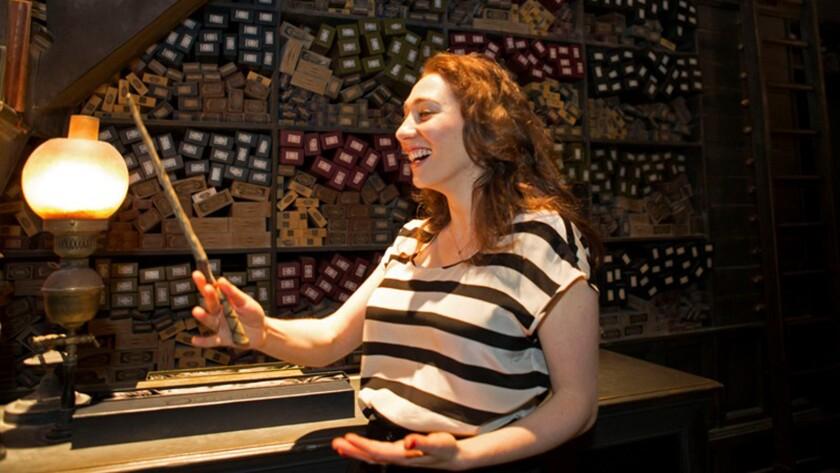 Singer Regina Spektor in Ollivanders wand shop