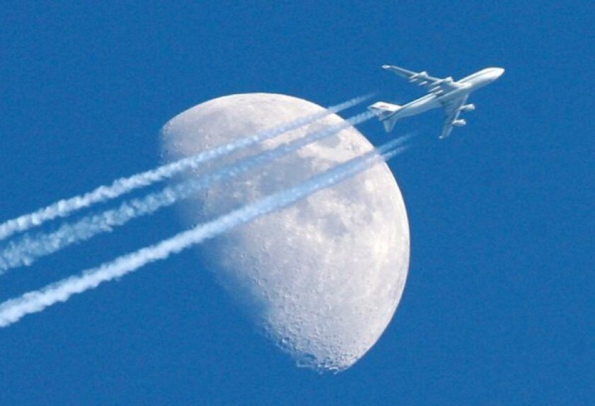 A new study predicts that global warming will result in bumpier transatlantic flights.