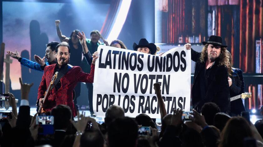"""El objetivo de la gira, según el comunicado de Maná, es """"unir e inspirar a las comunidades latinas para que hagan escuchar sus voces este otoño"""", cuando Estados Unidos celebrará sus elecciones presidenciales."""