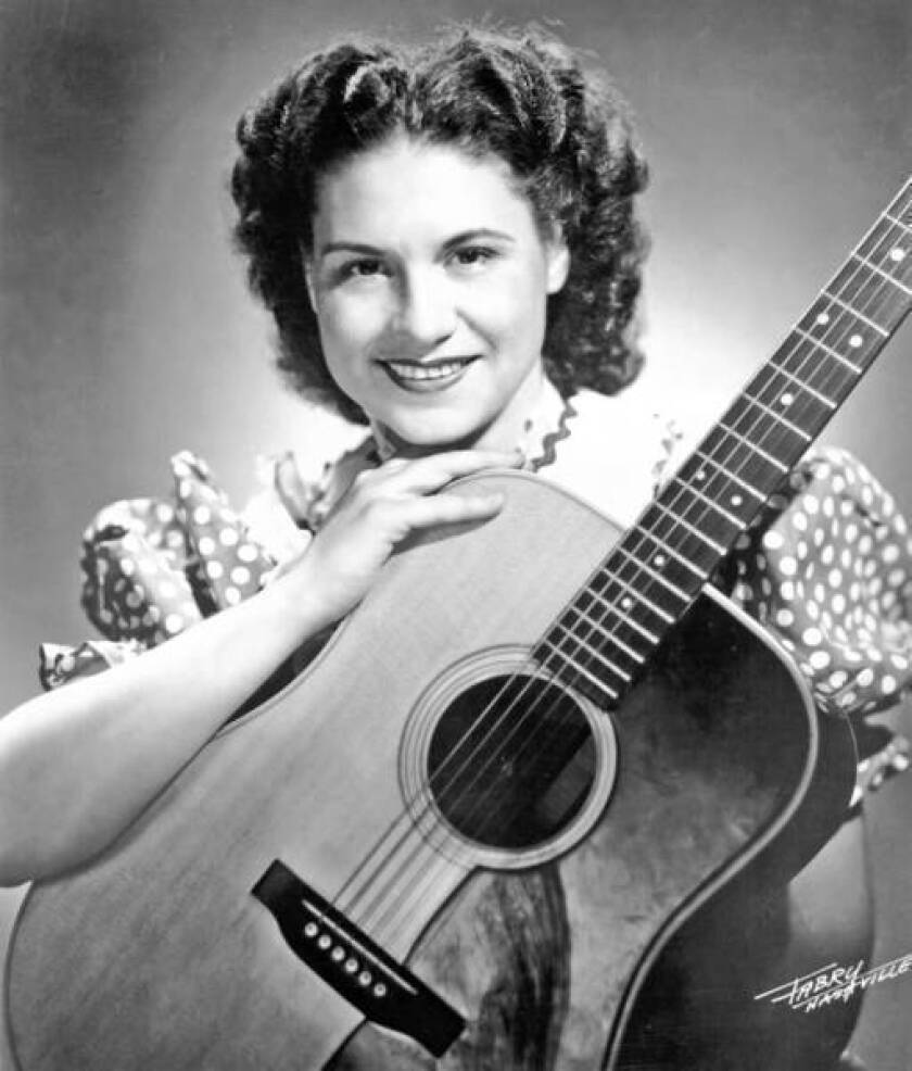 Kitty Wells dies at 92; country music trailblazer
