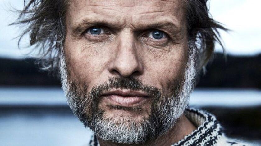 """Erling Kagge es un ser extraordinario: es el primer explorador de la historia que alcanzó los """"tres polos"""" de la Tierra: el Norte, el Sur y la cima del monte Everest."""