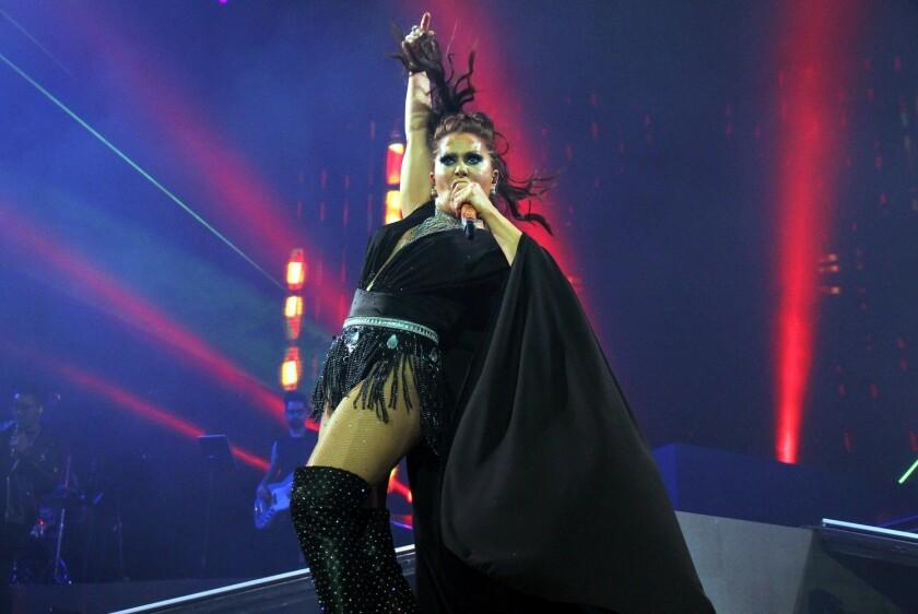 La cantante mexicana sigue en dimes y diretes con su propia hija.