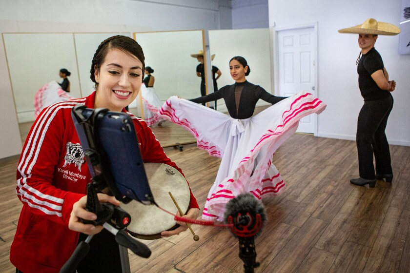 Ballet Folklorico de Los Angeles continues classes via Zoom