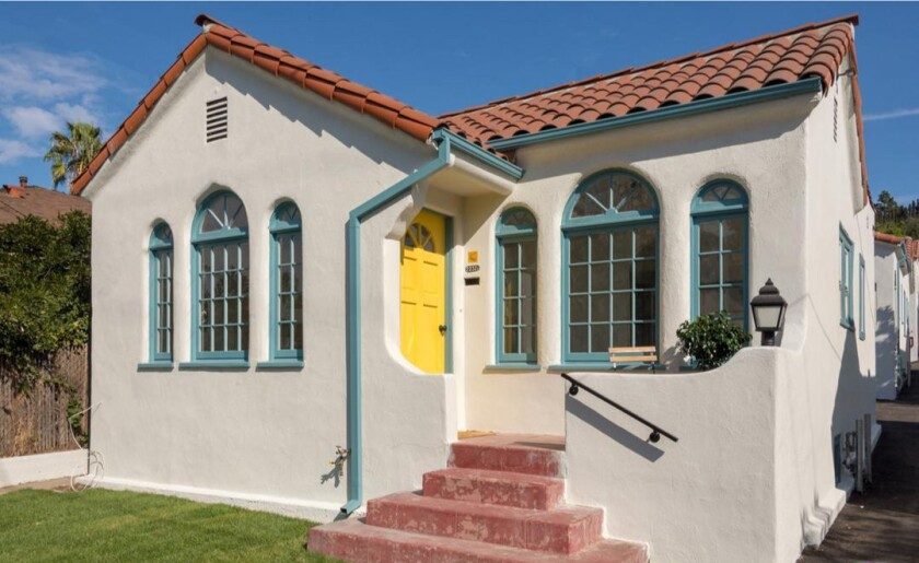 Glassell Park bungalow court