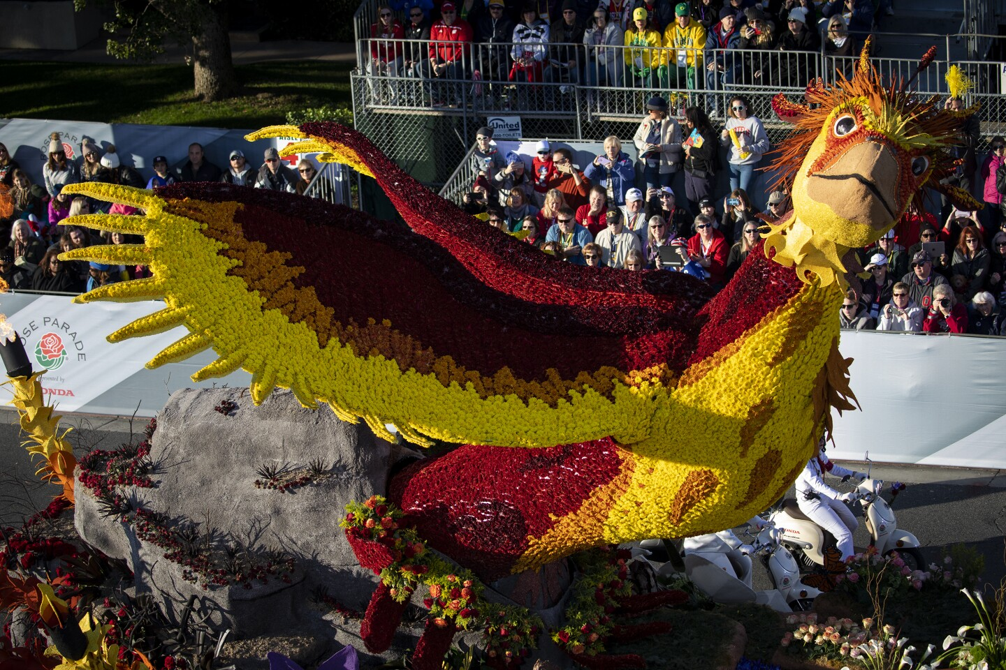 """PASADENA, CA JANUARY 1, 2020: The City of Burbank float """"Rise Up"""" during the 2020 Rose Parade in Pasadena, Calif. January 1, 2020. This year's theme, """"The Power of Hope,"""" celebrates the influence of hope. (Francine Orr/ Los Angeles Times)"""