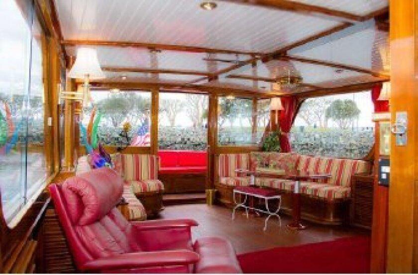 Spacious upper deck.