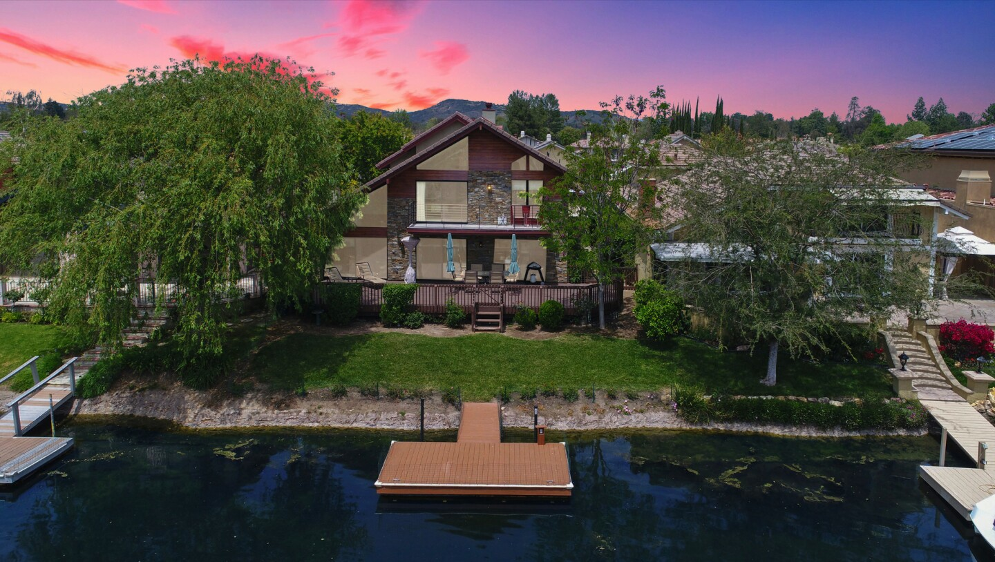 Mickey Rooney's former home   Hot Property