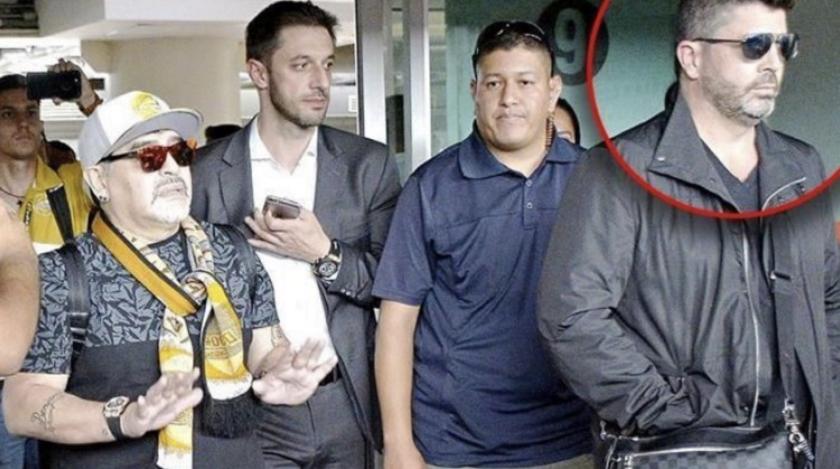 Diego Armando Maradona firmó con los Dorados de Sinaloa gracias al promotor Christian Bragarnik, vinculado a narcotraficantes; cuando estuvo con el Querétaro como directivo sus jefes eran Paul Solórzano Lozano y Jorge Mario Ríos Laverde, 'El Negro', dos colombianos buscados por la DEA y asociados con el capo mexicano Joaquín 'El Chapo' Guzmán.