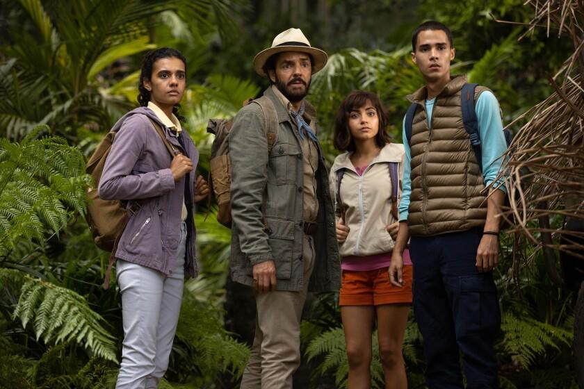 """Una escena de """"Dora and the Lost City of Gold"""", adaptación de una popular serie animada con un generoso reparto latino."""